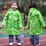 เสื้อกันฝนน่ารักสำหรับเด็กยี่ห้อ Linda ลายกบเขียว