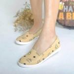 รองเท้าคัทชูแฟชั่นสไตล์ MCM หนังนิ่มใส่สบาย