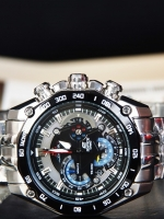 Casio Edifice Red Bull Racing Limited Edition EF-550RBSP-1AVDR ระบบ Chronograph