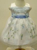 ชุดเดรสเด็กหญิงออกงานสีขาวแขนกุดปักลายสีฟ้าสำหรับเด็ก6-24เดือน