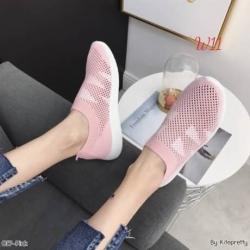 รองเท้าผ้าใบเพื่อสุขภาพวัสดุผ้ายืดสวมใส่ง่ายไม่ต้องผูกเชือก