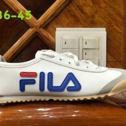 รองเท้าผ้าใบ Fila