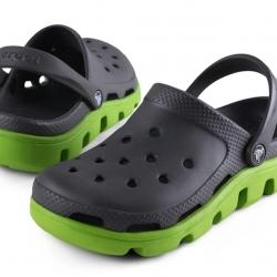รองเท้า CROCS รุ่น DUET SPORT CLOG สีดำพื้นเขียว