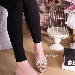 รองเท้าแฟชั่นคัทชูเปิดส้นหัวแหลมแต่งดอกไม้ด้านหน้า