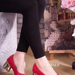 รองเท้าคัทชูส้นสูง 3 นิ้ว ส้นรองเท้าประดับอะไหล่ทรงเพชรสวยเก๋มาก