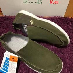 รองเท้า crocs คัทชูชาย รุ่น Men's Crocs Santa Cruz 2 Luxe สีเขียว