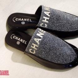 รองเท้าคัทชูลำลองแฟชั่นเปิดส้นต่งโลโก้ chanel