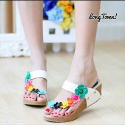 รองเท้าแฟชั่นสไตล์ fitflop น้ำหนักเบาแต่งดอกไม้น่ารัก