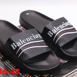 รองเท้าแตะ Balenciaga