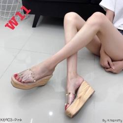 รองเท้าส้นตึกทรงสวมพลาสติกใสนิ่มแต่งหมุดเก๋