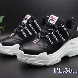 รองเท้าผ้าใบแฟชั่นทรง sport สไตล์แบรนด์ fila พื้นหนานุ่ม ใส่ดีมากกระชับเท้า