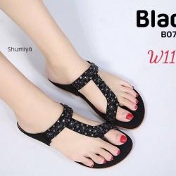 รองเท้าแตะแบบสวมนิ้วโป้งพื้นบุนวมนิ่มประดับอะไหล่สวยงาม