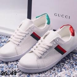 รองเท้าผ้าใบ Gucci