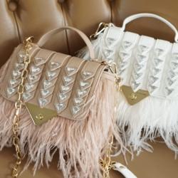 กระเป๋าฟุ้งฟริ้ง สวยหวานละมุนงานสวยมาก