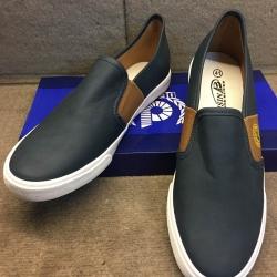 รองเท้าแฟชั่นพร้อมส่ง ไซส์ 36-45