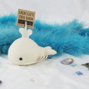 Zeaza whale S paperweight ตุ๊กตาที่ทับกระดาษ หนีบกระดาษ วาฬน้ำพุ