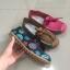 รองเท้าเพื่อสุขภาพ ทำจากหนังนิ่ม พื้นยางพาราแท้ บิดหักงอได้ เย็บตะเข็บไว้ด้านนอก thumbnail 8