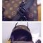 กระเป๋าสะพายแบบ multi-funtion ที่สามารถปรับเปลี่ยนการสะพายได้หลายแบบ thumbnail 6