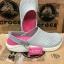 รองเท้า CROCS รุ่น LiteRide สีเทาพื้นชมพู thumbnail 1