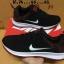 รองเท้าผ้าใบ Nike thumbnail 3