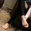 รองเท้าแตะแบบสวมนิ้วโป้ง แต่งอะไหล่หมุดไข่มุก น่ารักมาก thumbnail 3
