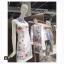 Dress สีขาวพร้อมกับลายสกรีนกราฟฟิคสุดคลู thumbnail 3