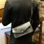 พร้อมส่ง กระเป๋าถือ สีดำ ปรับสายสั้นยาวได้ สะพายไหล่ได้ thumbnail 3