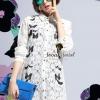 เสื้อผ้าเกาหลี พร้อมส่งChic Butterfly Lace Shirt