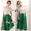 ( พร้อมส่งเสื้อผ้าเกาหลี) เซ็ตเสื้อชีฟอง-กระโปรงบานสีเขียวสุดขิค ตัวนี้ดูหรูหรามากๆ เสื้อชีฟองเรียบหรู classic มาพร้อม กระโปรงสีเขียว forest green ทรงบานดูสดใส สวยใส่สบาย ช่วงเอวคาดแถบสีขาว