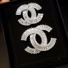 พร้อมส่ง Chanel Brooch เข็มกลัดชาแนล เพชรซีกประดับด้วยเพชรกลมเล็ก