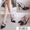 งานเก๋เว่อร์สไตล์ Zara มาให้จับจองกันอีกแล้วจ้า คู่นี้สวยเปรี้ยวจริงๆ ค่ะ ใส่สวยมาก รีบจองด่วน!!! รองเท้าส้นเข็มหัวแหลมสไตล์ซาร่า งานหนังพียูแบบขึ้นเงา เนี้ยบนิ่ม ใส่สบาย ดีเทลคาดด้านหน้าเป็นรูปตัว S อวดเรียวเท้าขาว ได้ลุคเซ็กซี่แบบผู้ดี ใส่กับชุดเป็นทางก