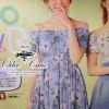 ( พร้อมส่ง) มินิเดรสทรงเกาะไหล่ค่ะ เนื้อผ้า cotton polyester สีสันน่ารักๆลายดอกไม้ ช่วงตัวสม็อกใช้ยางเยอะนะคะ ไม่รัดเกินไป สวมใส่สบาย ช่วงกระโปรงระบาย ลุคน่ารักๆสดใสค่ะ