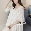 เสื้อผ้าเกาหลี พร้อมส่งSilverry Sequinny Korea White Princess Blouse