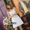 ุชุดเดรสเกาหลีพร้อมส่ง Dress สายเดี่ยวสีขาว เนื้อผ้าทอลาย