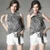 เสื้อผ้าเกาหลี พร้อมส่งStrips Contrast Sleeveless Blouse With Shorts Sets