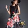 ชุดเดรสเกาหลี พร้อมส่งเดรสสีดำลายดอกไม้สีแดงเหมาะใส่ออกงาน