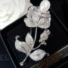 พร้อมส่ง Rose Pearl & diamond Broochเข็มกลัดดอกกุหลาบ