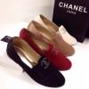 องส้นแบน Style Chanel ผ้า ซาติน สูง 1 ซม ทรงสวยเว่อร์ ด้านหน้าประดับอะไหล่วิบวับ เป็นlogo cc หรูหรา
