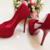 รองเท้าส้นสูง ประดับ เพชร สวย เริ่ด ไฮโซ วัสดุ กำมะหยี ประดับเพชร