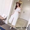 ชุดเดรสเกาหลีพร้อมส่งชุดเดรสเว้าไหล่ สวยหวานสไตล์สาวเกาหลี