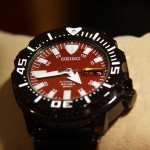 นาฬิกา Seiko Night Monster Red/Black Color SZEN007