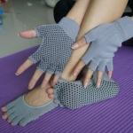 (พร้อมส่ง)YKSM30-7 ถุงมือ ถุงเท้าโยคะ กันลื่น