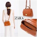 ZARA กระเป๋าถือและสะพายลายหนังจระเข้