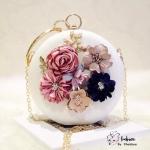 Present Korea clutch Bag
