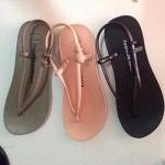 K Fashion sandals แตะคีบรัดส้น
