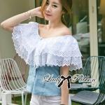 ( พร้อมส่งเสื้อผ้าเกาหลี) เสื้อเปิดไหล่ผ้าลูกไม้ตัดต่อผ้าเดนิมสุดหวาน ตัวนี้เหมาะกับสาวลุคคุณหนูไฮโซหวานๆ ดีเทลเก๋มากที่ช่วงไหล่ถึงอกเป็นผ้าลูกไม้คอตตอนฉลุลายสวยมากๆ มีสองชั้นเป็นเลเยอร์ ตรงคอเสื้อจะเป็นยางยืดนะคะเพื่อจะเปิดไหล่ก็ไดหรือไม่เปิดก็ได้ค่ะ