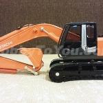 โมเดลรถก่อสร้าง HITACHI 1:40 Oil Pressure Shovel ZAXIS 200-3