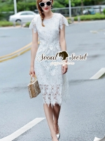 ชุดเดรสเกาหลี พร้อมส่งLovely Leafly Lace Dress