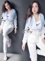 เสื้อผ้าเกาหลี พร้อมส่งSets เสื้อแจ็กเก็ตมาพร้อมกางเกงวอร์ม สีขาว