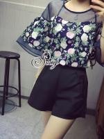 เสื้อผ้าเกาหลี พร้อมส่งRose Garden Blouse With Shorts Sets
